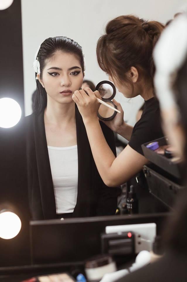 Điều gì xảy ra khi phù thủy make-up Việt kết hợp với thương hiệu mỹ phẩm lớn? - Ảnh 15.