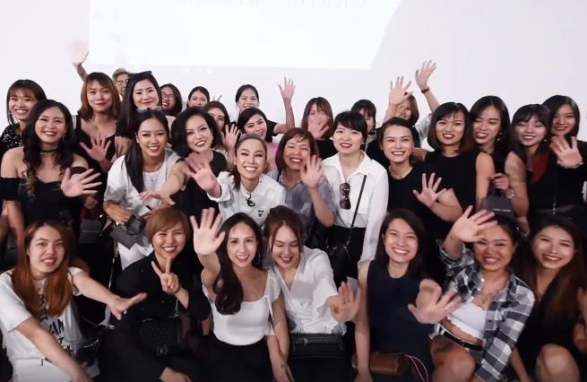 Điều gì xảy ra khi phù thủy make-up Việt kết hợp với thương hiệu mỹ phẩm lớn? - Ảnh 22.