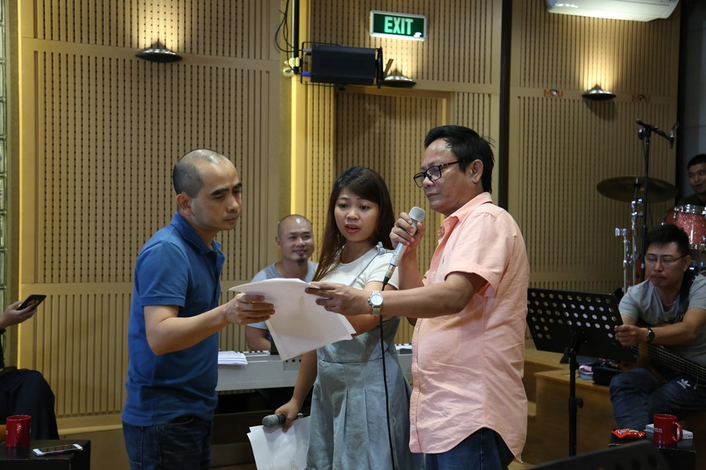 Hoàng Yến Chibi, Ali Hoàng Dương, Thảo Trang, Đinh Hương dốc sức luyện tập cho vòng thi quyết định Nhạc hội song ca mùa 2 - Ảnh 9.