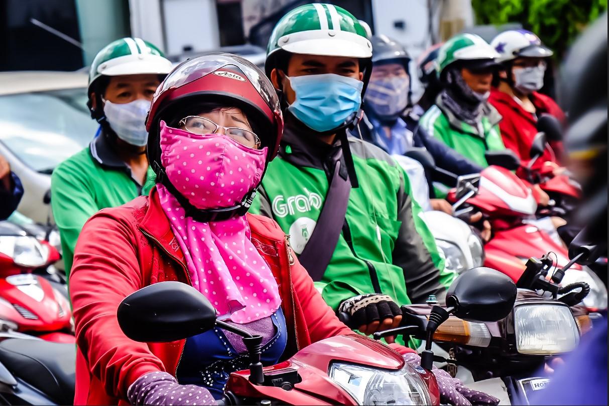 Bất chấp nắng gắt, biệt đội sinh vật lạ tràn từ Hà Nội vào Sài Gòn khiến dân tình tỉnh cả ngủ - Ảnh 4.