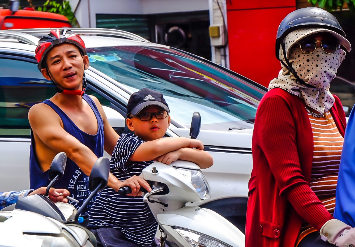 Bất chấp nắng gắt, biệt đội sinh vật lạ tràn từ Hà Nội vào Sài Gòn khiến dân tình tỉnh cả ngủ - Ảnh 9.