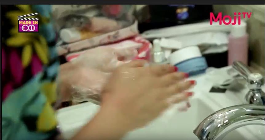 Sữa rửa mặt dạng bột mới toanh đang khiến chị em Hàn Quốc phát cuồng - Ảnh 3.