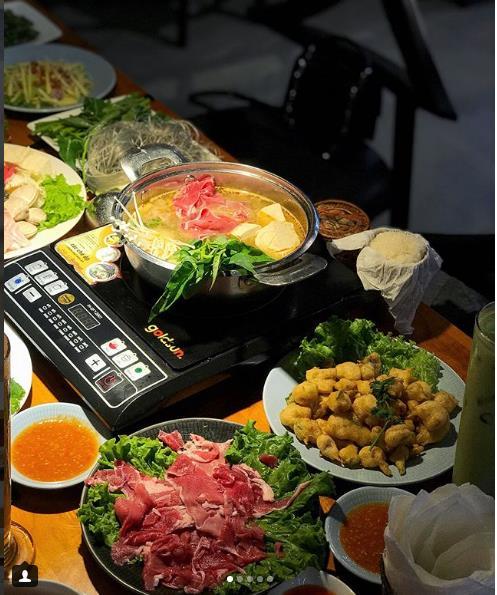 Có gì ở nhà hàng Lào thu hút dàn hot mom, hot teen Hà thành đến thưởng thức - Ảnh 4.