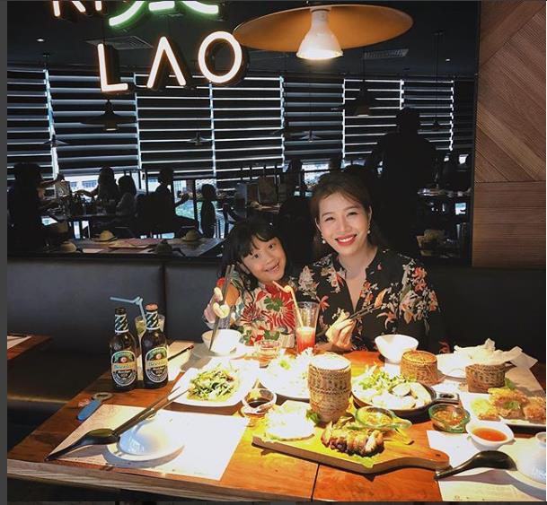 Có gì ở nhà hàng Lào thu hút dàn hot mom, hot teen Hà thành đến thưởng thức - Ảnh 5.
