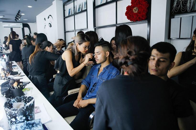 Tina Lê - Người đứng sau ekip makeup hùng hậu cho hàng loạt sự kiện lớn tại Việt Nam - Ảnh 4.