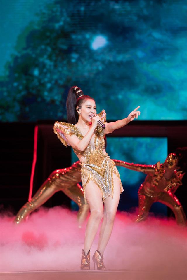 Tina Lê - Người đứng sau ekip makeup hùng hậu cho hàng loạt sự kiện lớn tại Việt Nam - Ảnh 13.