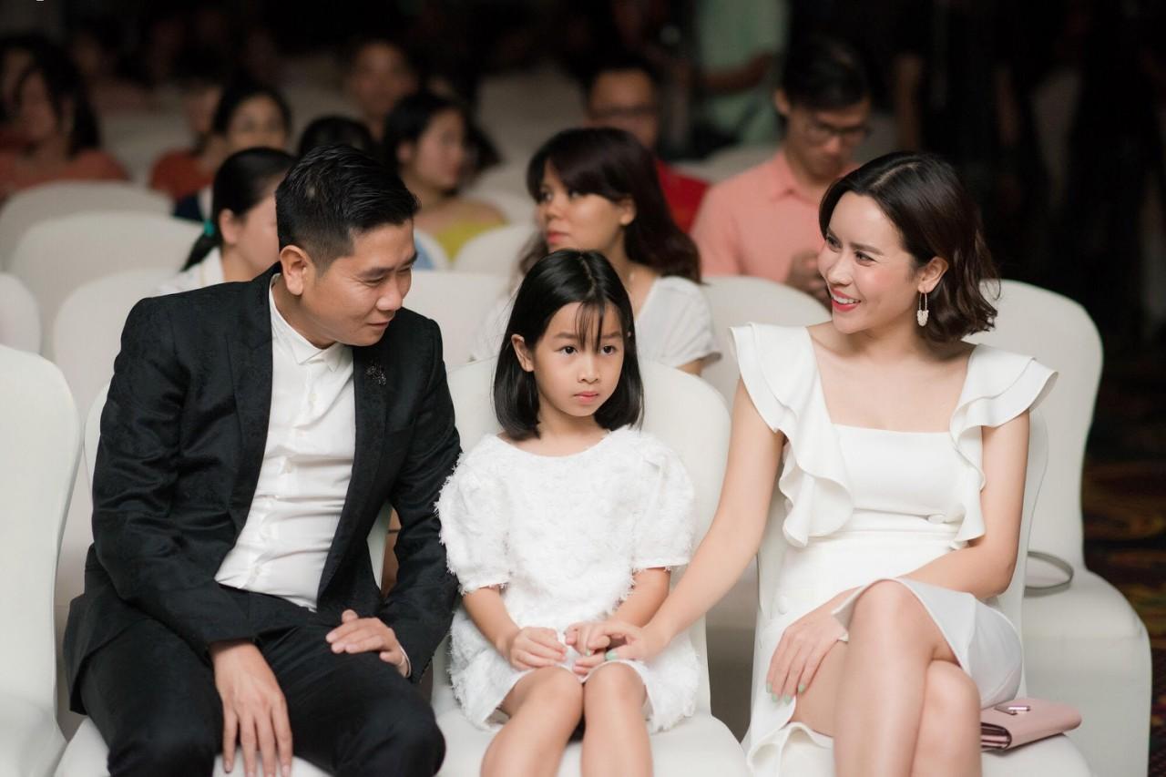 Lưu Hương Giang chia sẻ bí quyết giản đơn giúp gia đình hạnh phúc - Ảnh 1.