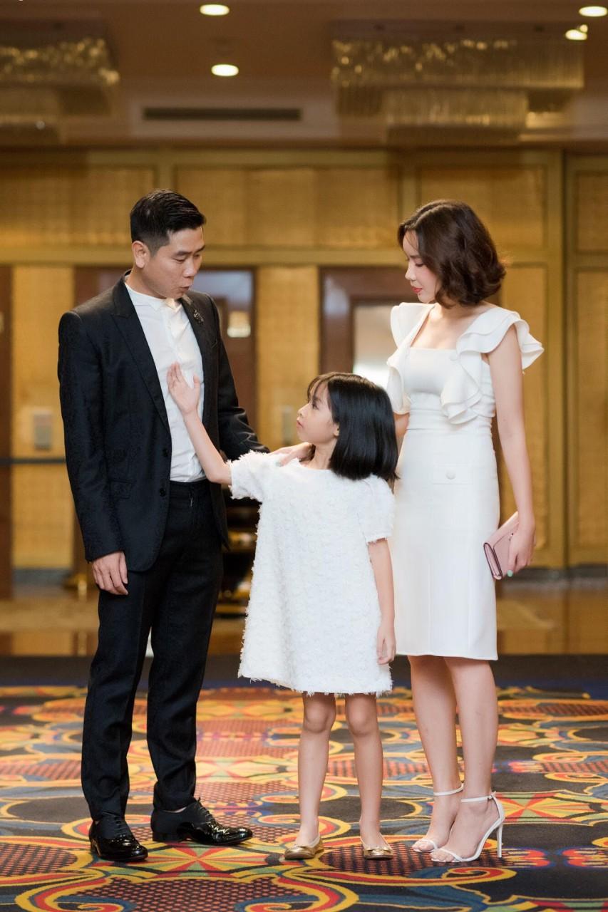 Lưu Hương Giang chia sẻ bí quyết giản đơn giúp gia đình hạnh phúc - Ảnh 2.