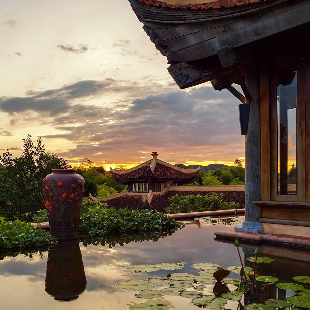 Có một Emeralda Resort Ninh Binh đẹp như mơ giữa vùng đất cố đô Hoa Lư - Ảnh 3.