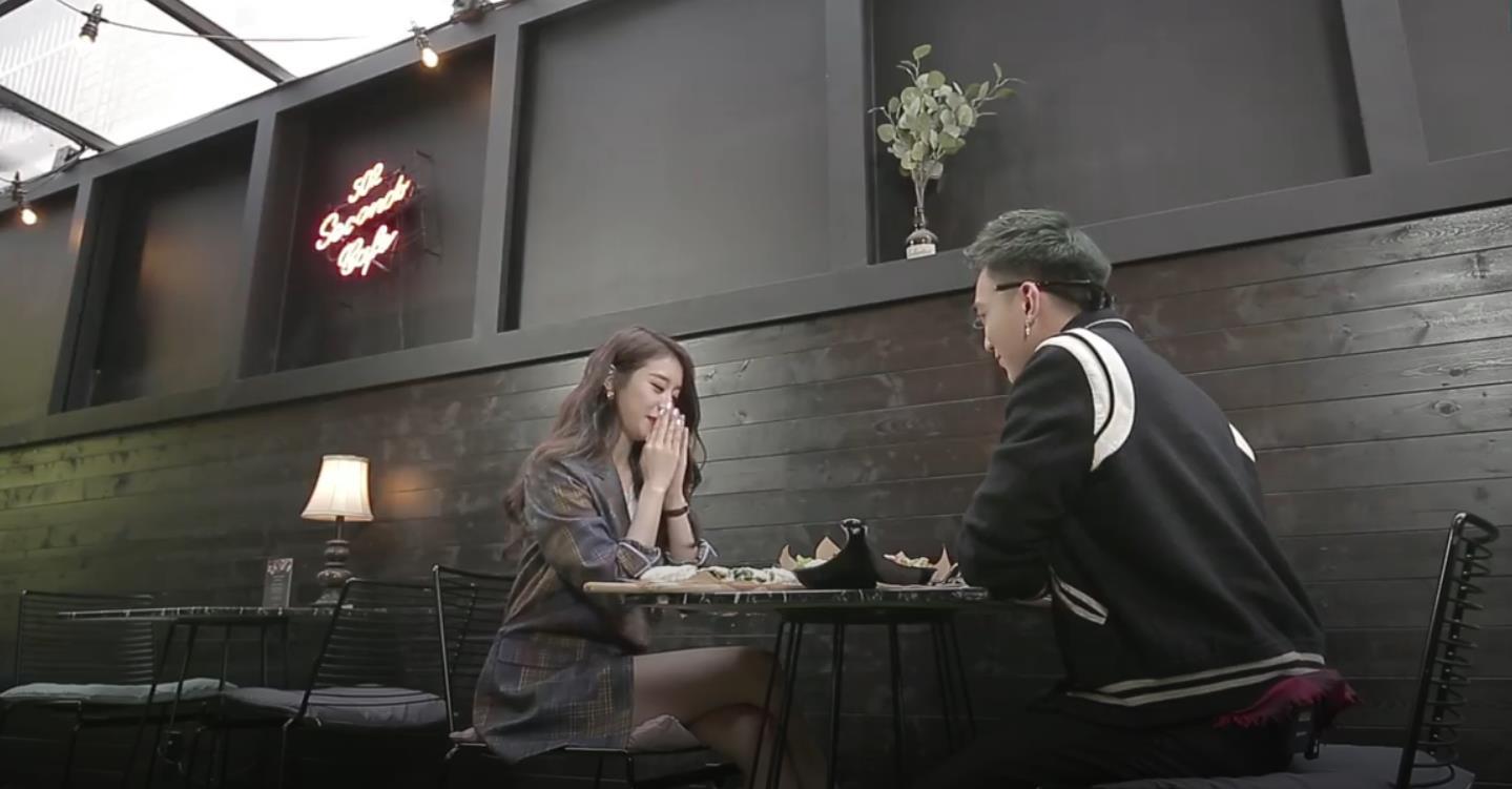 """Lộ khoảnh khắc cực tình cảm giữa Soobin Hoàng Sơn và Ji Yeon khi quay MV """"Đẹp nhất là em - Ảnh 3."""