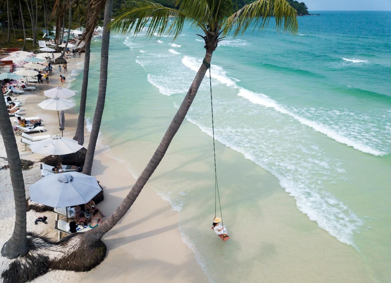 Vẻ đẹp mê hồn của Nam Phú Quốc nhìn từ cabin cáp treo Hòn Thơm - Ảnh 8.