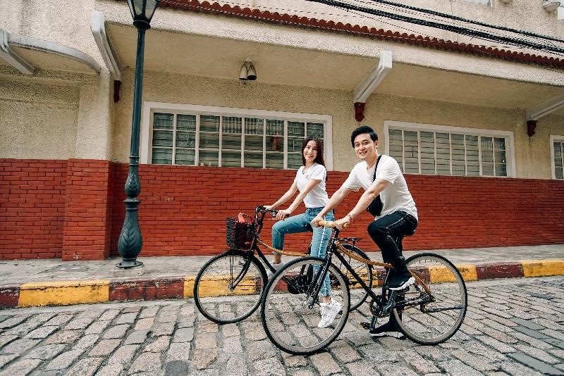 Cùng Quang Vinh, Diễm My 9X đạp xe khám phá thủ đô Manila, Philippines - Ảnh 8.