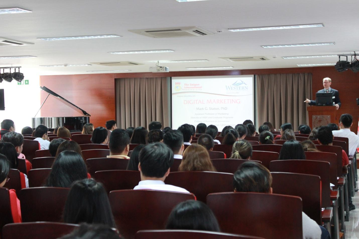 Đại học Quốc tế Sài Gòn (SIU) công bố xét tuyển bổ sung năm 2018 - Ảnh 1.