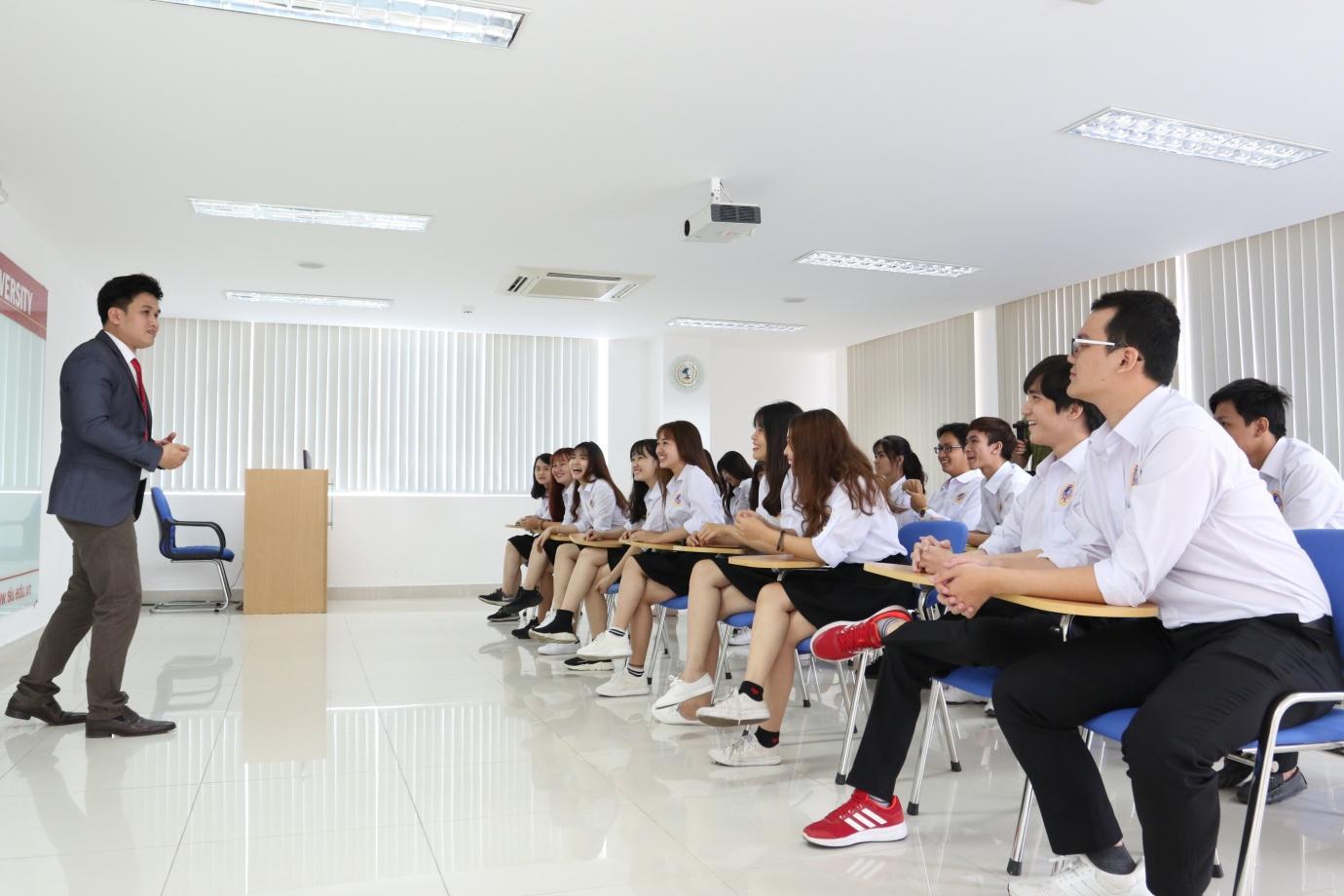 Đại học Quốc tế Sài Gòn (SIU) công bố xét tuyển bổ sung năm 2018 - Ảnh 4.