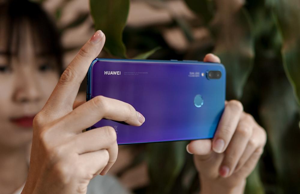 Top smartphone camera kép giá dưới 8 triệu đáng mua nhất thời điểm này - Ảnh 1.