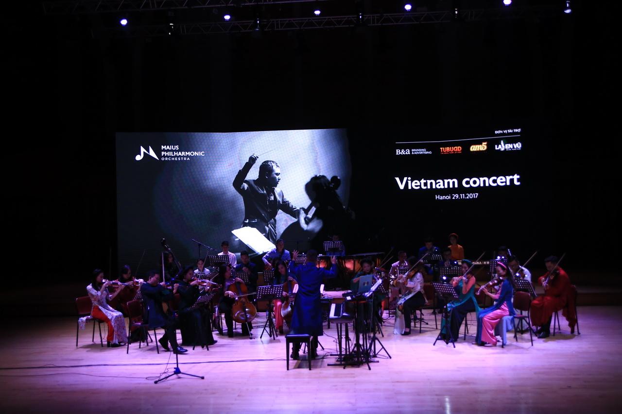Dàn nhạc giao hưởng triệu view khẳng định đẳng cấp với concert cùng diva Hàn Quốc Sohyang - Ảnh 3.