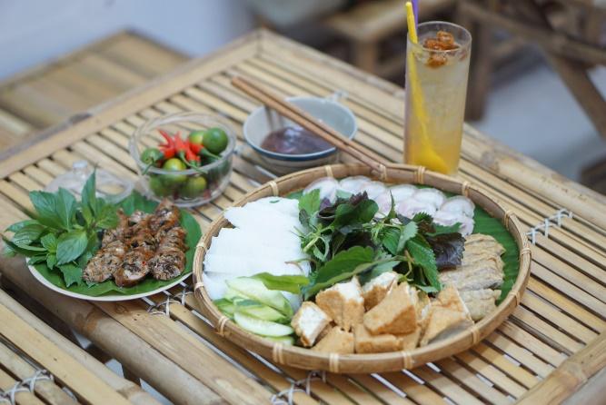 Đừng bỏ qua quán bún đậu mắm tôm ngon khó cưỡng giữa lòng Sài Gòn - Ảnh 8.