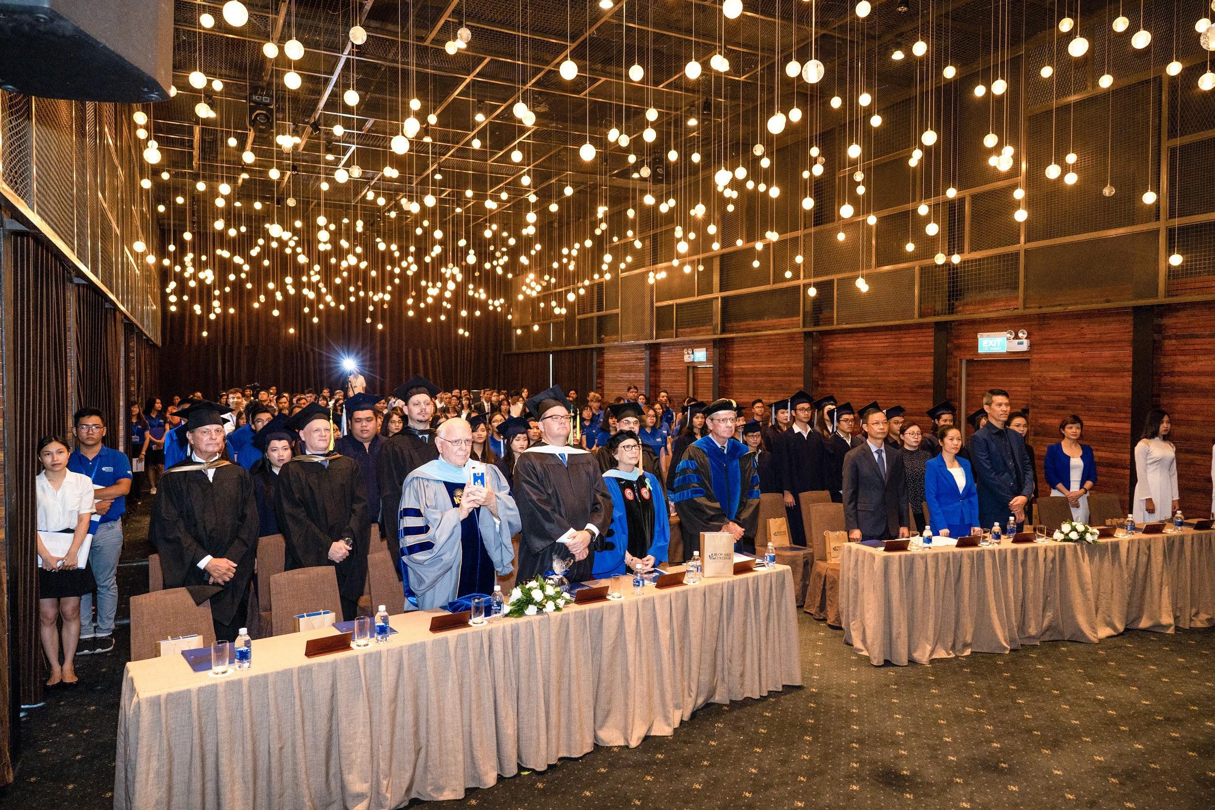 Sự khởi đầu đầy hứng khởi tại Broward College Vietnam - Ảnh 2.