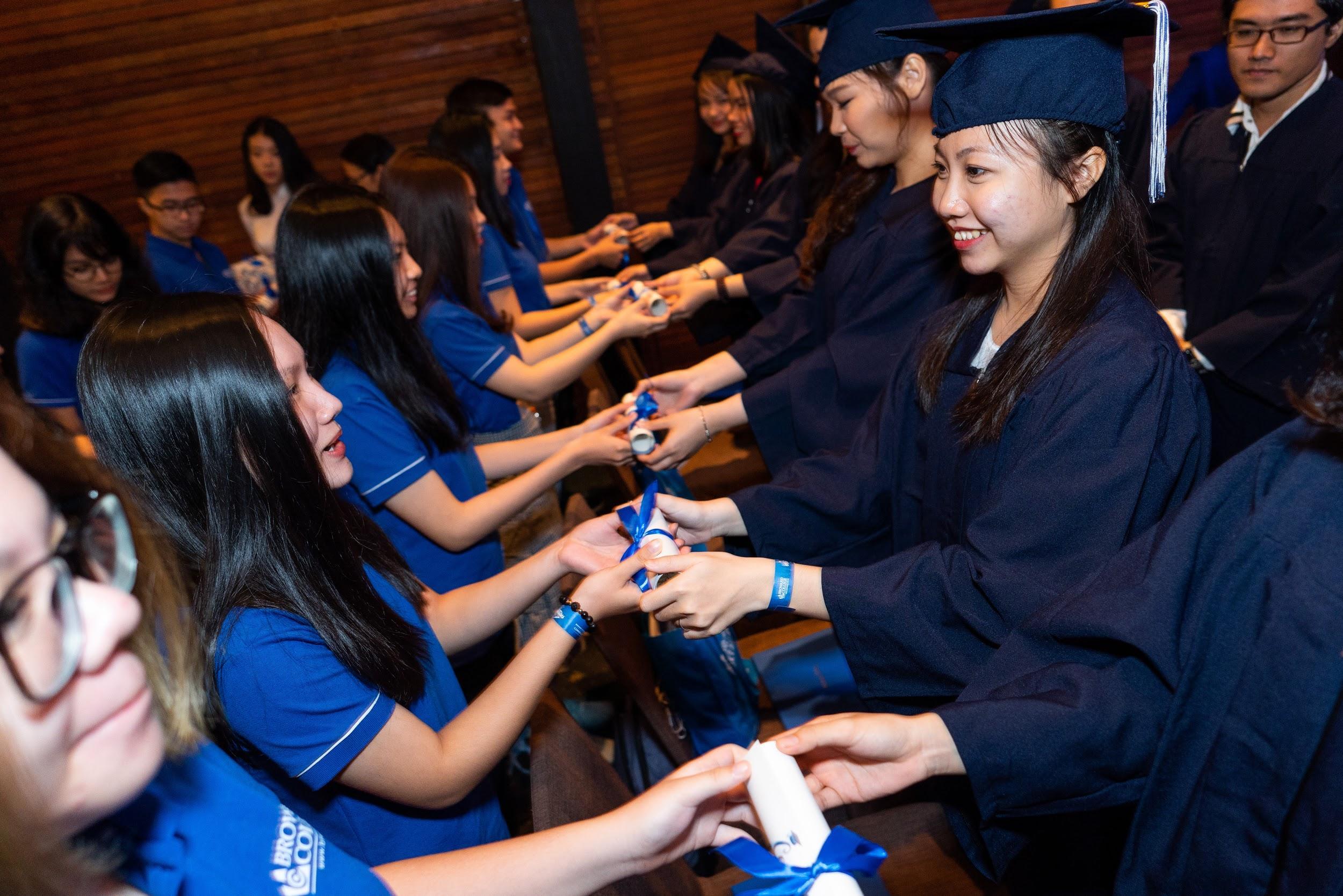 Sự khởi đầu đầy hứng khởi tại Broward College Vietnam - Ảnh 7.