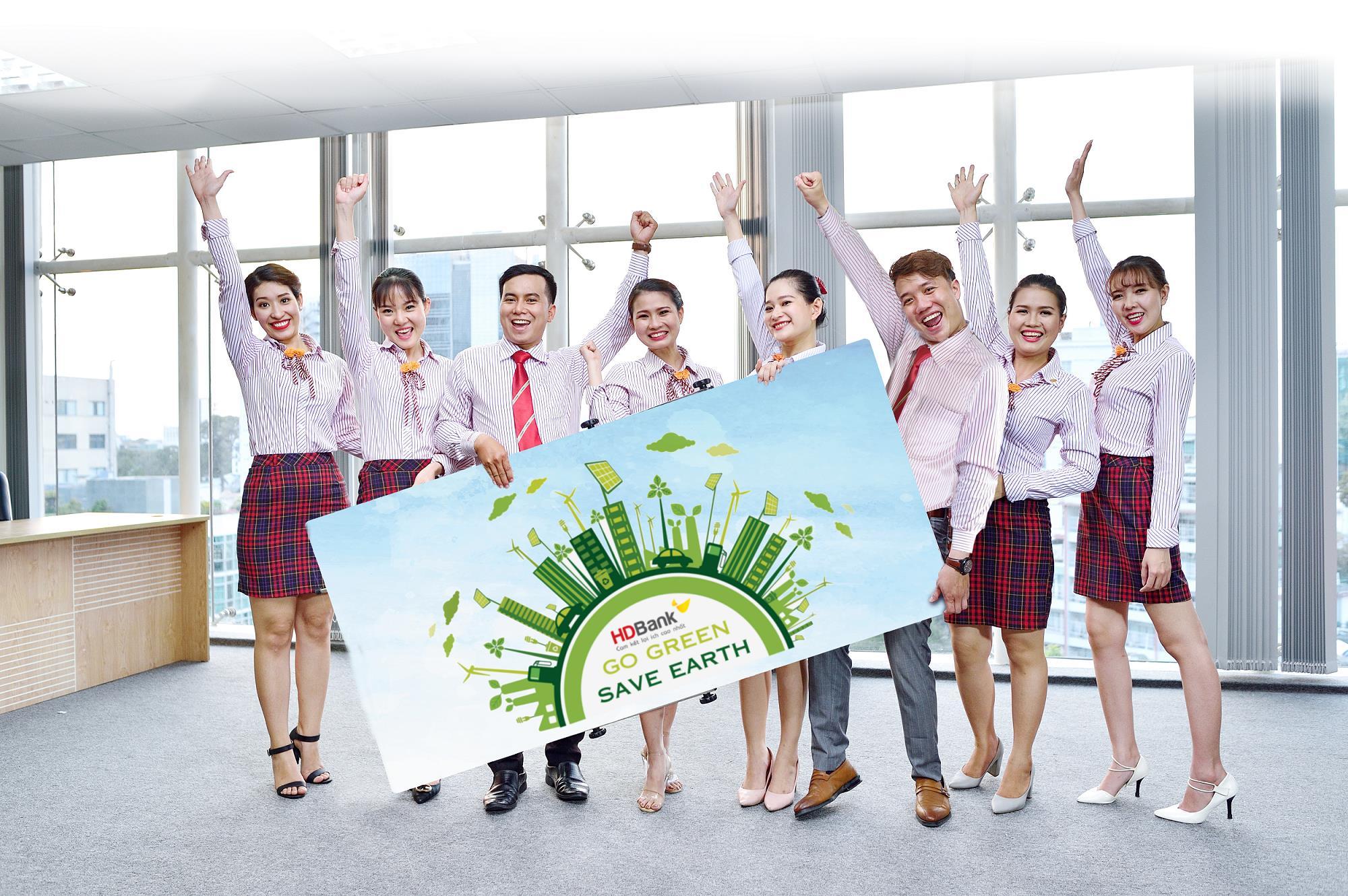 HDBank được bình chọn là nơi làm việc tốt nhất châu Á năm 2018 - Ảnh 3.