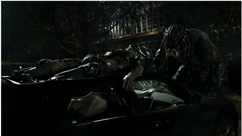"""""""The Predator"""" - Mãn nhãn với những pha hành động kịch tính và rùngrợn của các quái thú vô hình - Ảnh 2."""