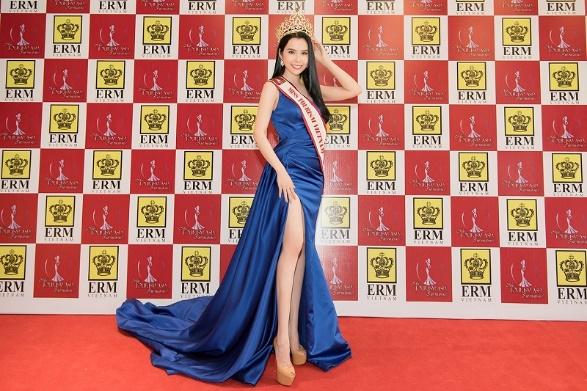Á khôi Huỳnh Vy chính thức đại diện Việt Nam tham gia Miss Tourism Queen Worldwide 2018 - Ảnh 3.