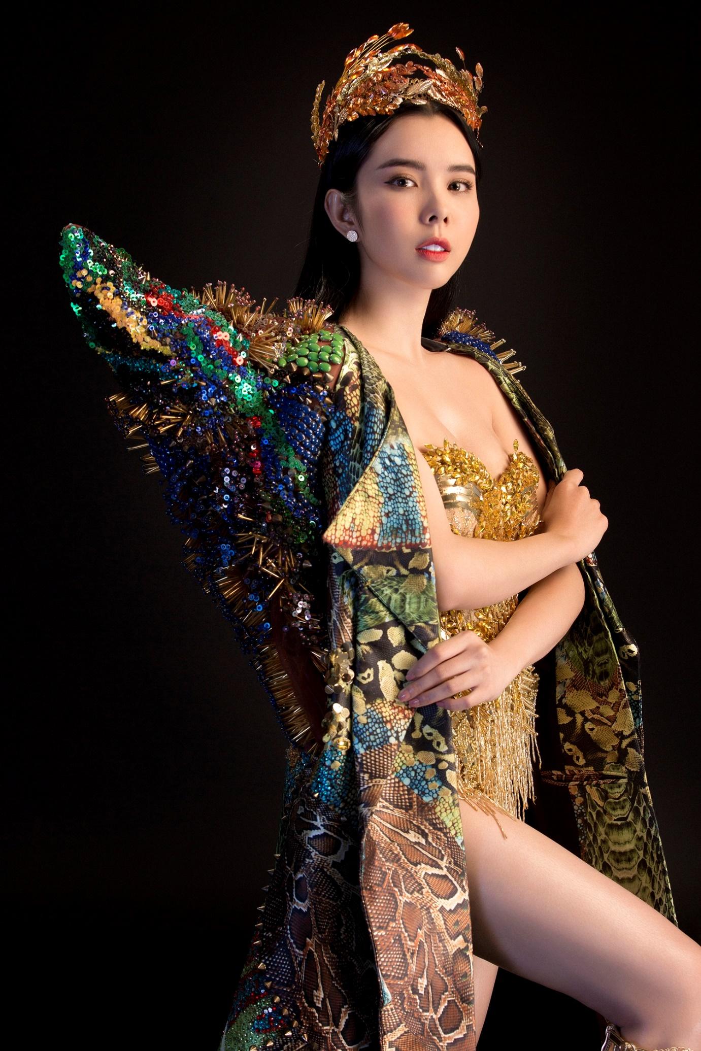 """Huỳnh Vy mang """"Nữ thần mùa màng"""" nặng 20 kg đến Miss Tourism Queen Worldwide 2018 - Ảnh 5."""