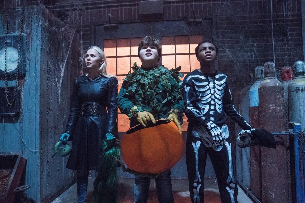 5 lý do khiến bạn phải hối tiếc nếu không xem Goosebumps 2: Haunted Halloween - Ảnh 6.