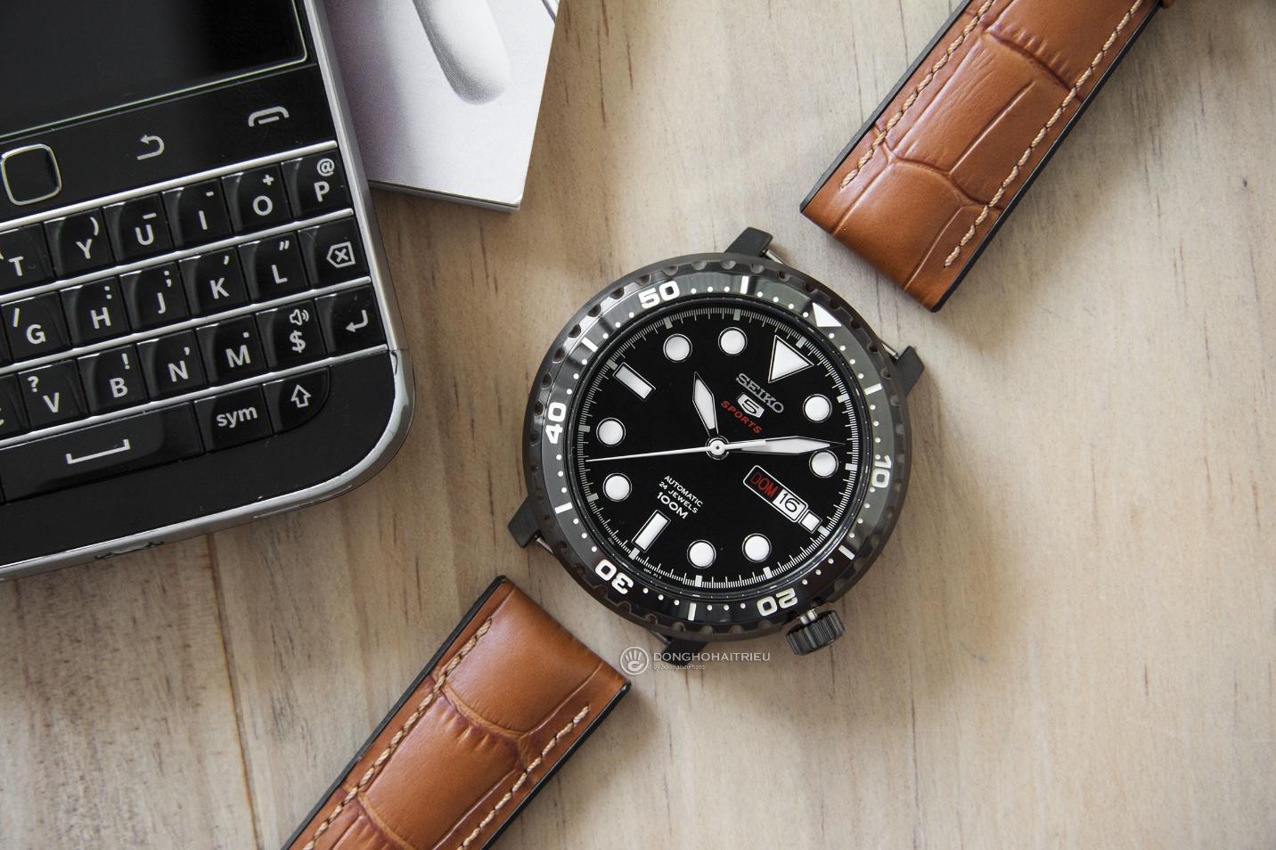 Bộ sưu tập dây da được các thương hiệu đồng hồ nổi tiếng thế giới ưa chuộng - Ảnh 1.