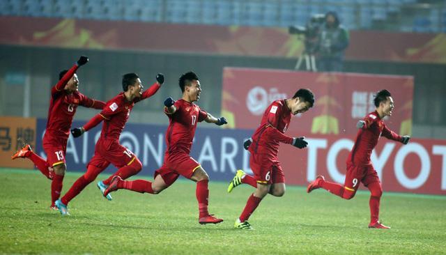 Trước thềm AFF Suzuki Cup, các cầu thủ vàng càng được tiếp thêm hứng khởi nhờ item siêu hot này! - Ảnh 1.