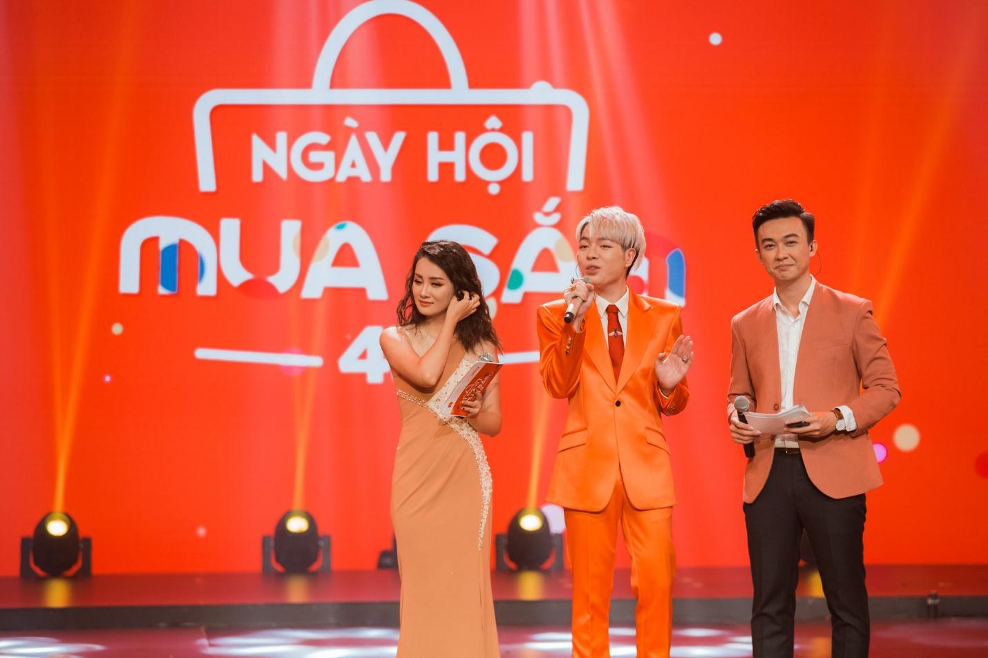 """Sơn Tùng MTP, Tóc Tiên, Bảo Anh, Đức Phúc """"cháy"""" hết mình tại Ngày hội mua sắm 4.0 - Ảnh 5."""