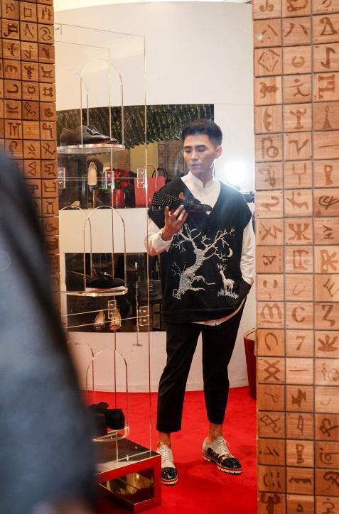 Duy Khánh - Will tiết lộ mê giày hàng hiệu không thua gì phái đẹp! - Ảnh 6.