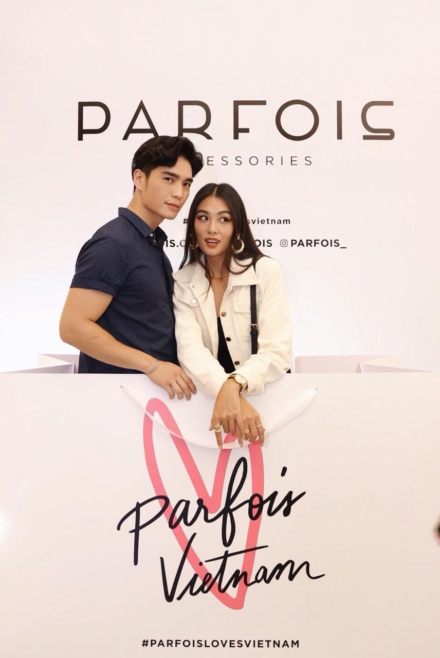 Châu Bùi, Phí Phương Anh cùng đông đảo tín đồ thời trang hội tụ tại cửa hàng phụ kiện đầu tiên của PARFOIS - Ảnh 3.