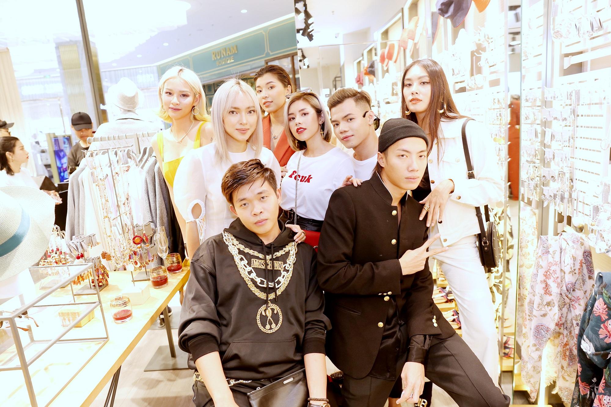 Châu Bùi, Phí Phương Anh cùng đông đảo tín đồ thời trang hội tụ tại cửa hàng phụ kiện đầu tiên của PARFOIS - Ảnh 8.