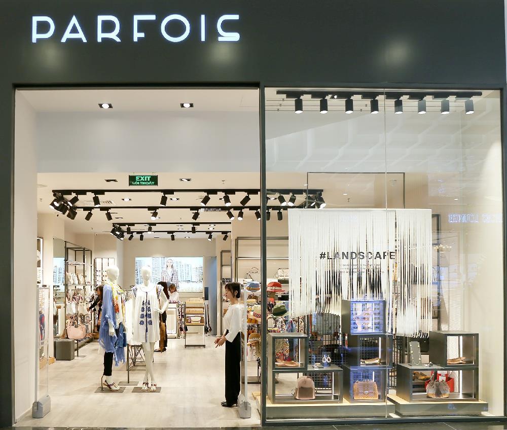 Châu Bùi, Phí Phương Anh cùng đông đảo tín đồ thời trang hội tụ tại cửa hàng phụ kiện đầu tiên của PARFOIS - Ảnh 10.