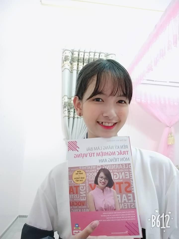 Hot face Yến Linh review bộ sách Luyện thi tiếng Anh THPT Quốc gia - Ảnh 5.