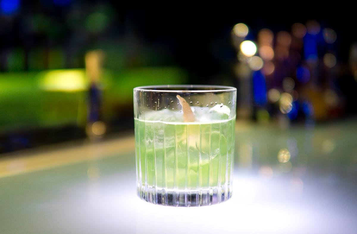 """Cocktail nhân sâm có hương vị ra sao, cùng food blogger Lê Ngọc của """"Nhà có hai người"""" trải nghiệm nào! - Ảnh 4."""