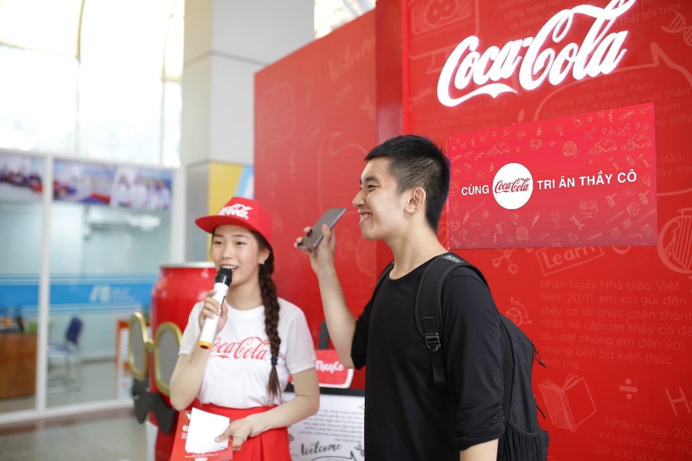 """Loạt ảnh rạng ngời của sinh viên trong sự kiện """"Cùng Coca-Cola tri ân thầy cô"""" - Ảnh 8."""