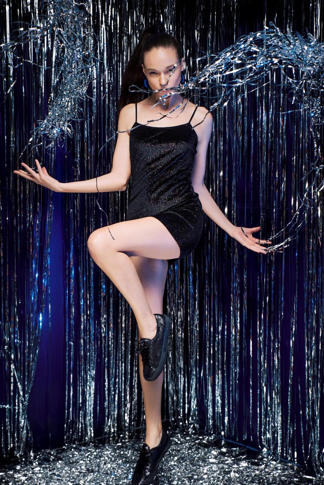 BST Thu Đông giày Superga 2750: Khi thời trang là những bước chân tự do - Ảnh 6.