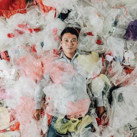 Nhiếp ảnh săn rác Nguyễn Việt Hùng