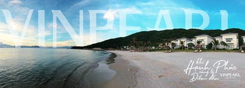 Vinpearl Resort Nha Trang có bãi biển rất dài và đẹp trong xanh.