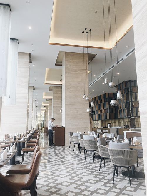 Nhà hàng lớn nhất khách sạn