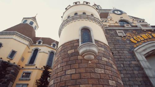 Lâu đài hệt như trong truyện cổ tích