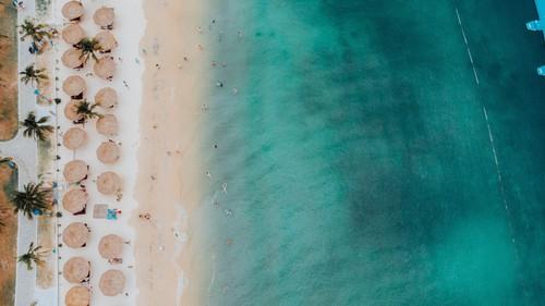 Biển xanh như ngọc, cần gì phải đi nước ngoài nhỉ?