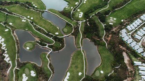 Khu vực rộng thênh thang cho những ai chơi Golf