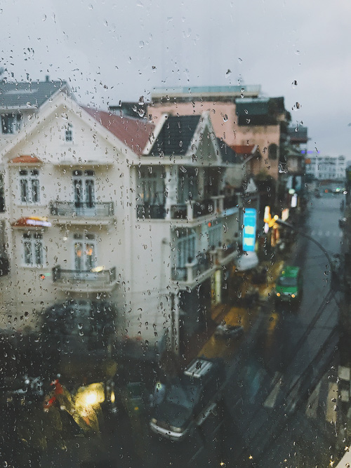 BÌnh thường ghét mưa cực. Nhưng đến Đà Lạt yêu luôn cả các cơn mưa luôn