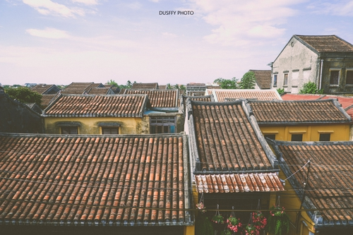 Những mái nhà in đậm dấu chân thời gian