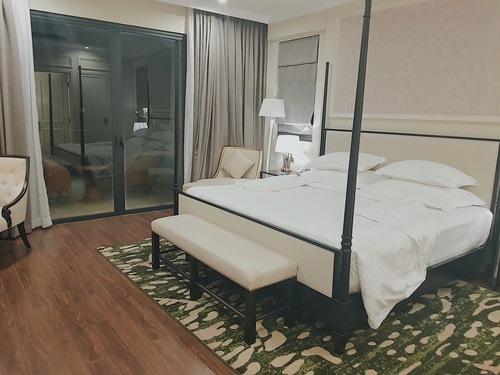 Phòng ngủ - Các phòng đều được quét dọn rất sạch sẽ và thiết kế hợp lý. Có không gian để sinh hoạt chung và trẻ em chơi đùa.