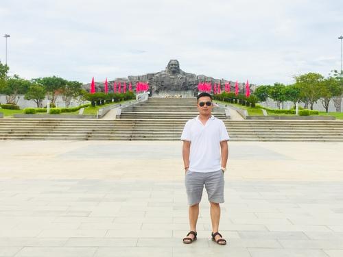 Tượng đài mẹ Thứ...Mẹ Việt Nam anh hùng