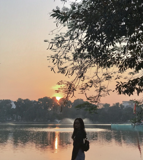 Một chiều hoàng hôn tại hồ Hoàn Kiếm